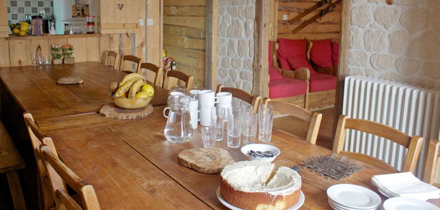 France_Alpe-dHuez_Chalet_Pregentil_dining_room.jpg